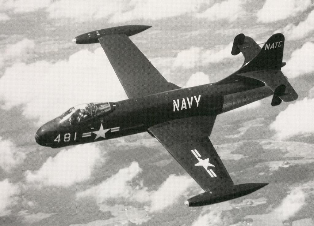 /Anigrand_Catalog/Anigrand/anigrand/dameya/AA4106_Vought F6U pirate.jpg
